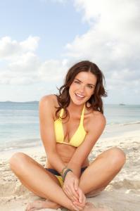 courtney robertson fitness magazine the bachelor model