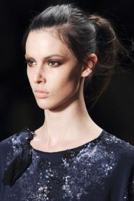 CYNTHIA-ROWLEY-FALL-2011-RTW-beauty-007_runway