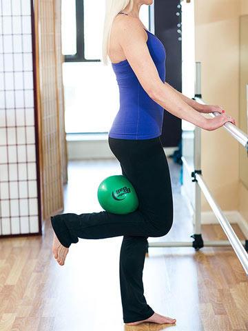at home beginner barre exercises beginner barre exercises fitness magazine. Black Bedroom Furniture Sets. Home Design Ideas