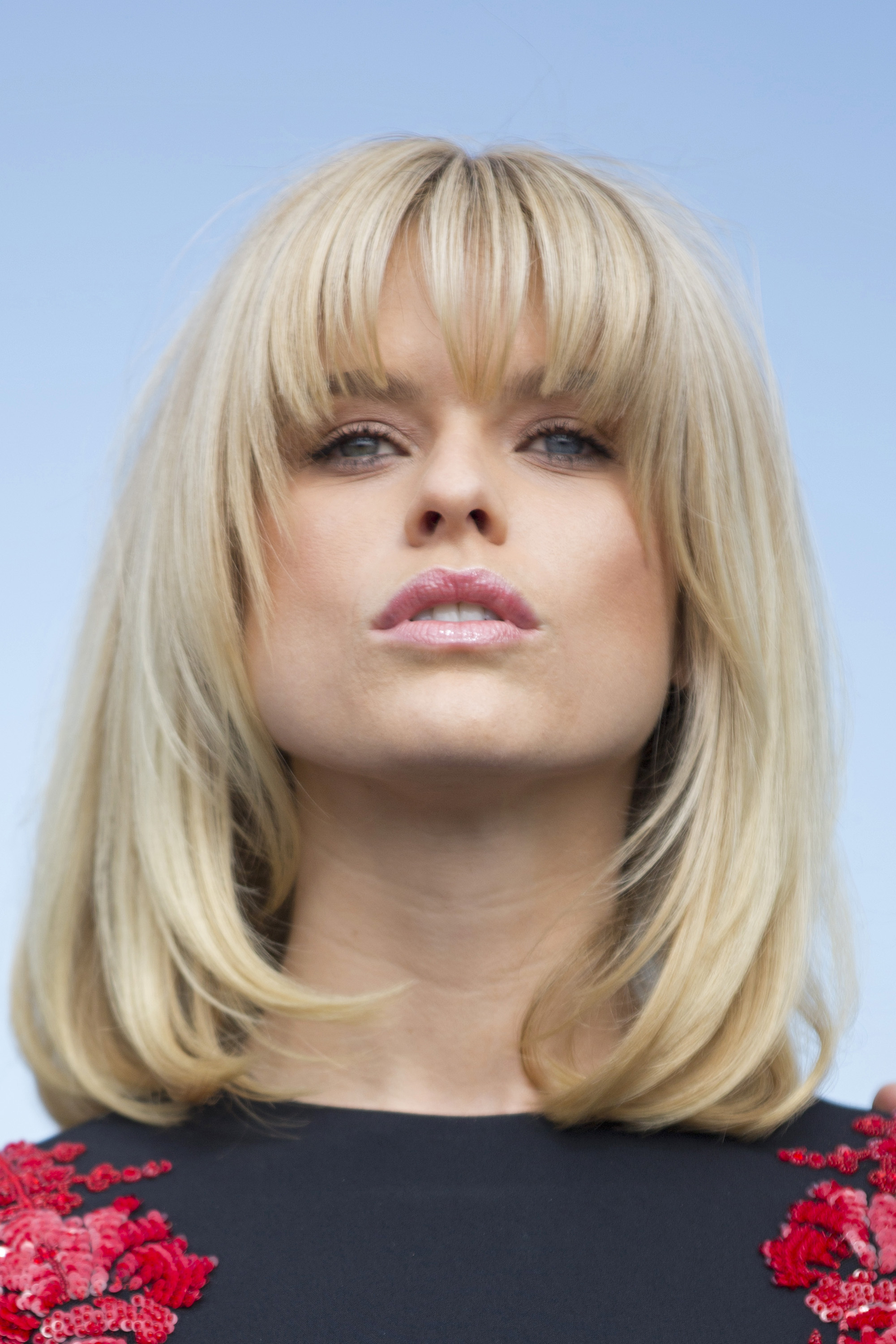 10 Medium Haircuts For Straight Hair Fitness Magazine