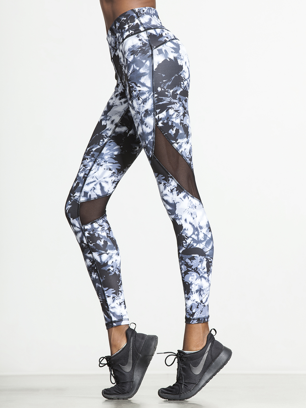 87ac3ed3ba83cf 16 Seriously Cute Workout Tights | Fitness Magazine