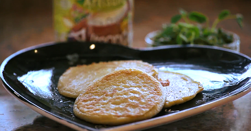 Healthy Quinoa Pancakes to Start Your Morning Right