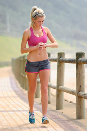 arm exercises with weights while walking