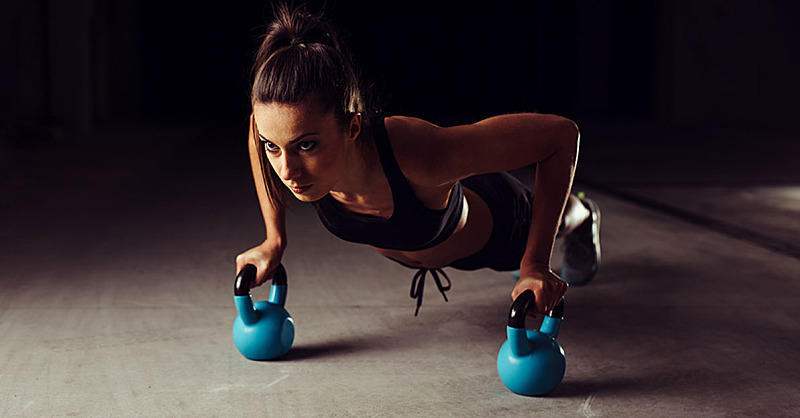 10-Minute Kettlebell Workout for a Full-Body Burn ...