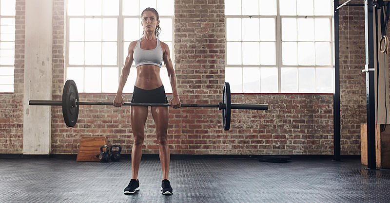 3 Myths About Lifting Heavy That Women Need to Quit Believing