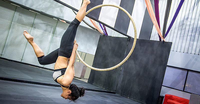3232379c7e Doing This Aerial Hoop Workout Basically Makes You An Acrobat | Fitness  Magazine