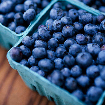 The Top 10 Superfoods for Gorgeous Skin and Hair