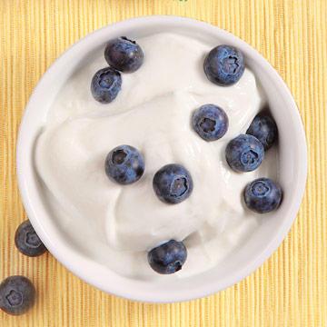 10 Surprising Health Benefits of Yogurt