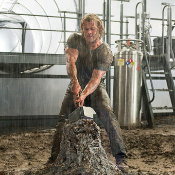 Celebrity Workout: Chris Hemsworth's Thor Workout ...