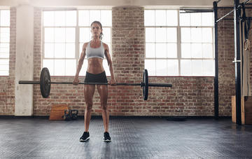 3 myths about lifting heavy that women really need to quit