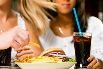 I Lost Weight on a Fast-Food Diet